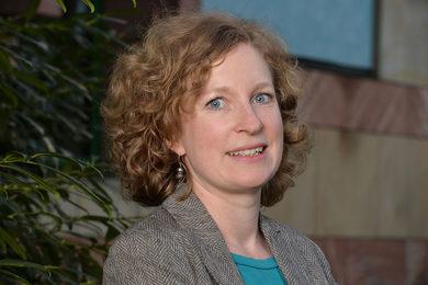 Prof. Dr. Anna Holzscheiter | WZB